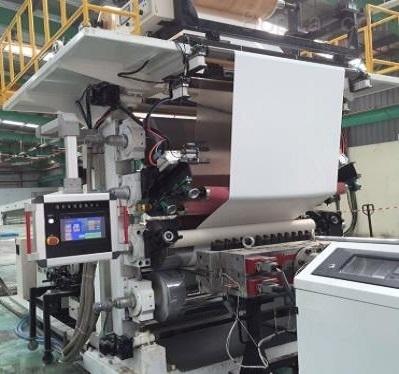 SPC钙塑复合地板生产线