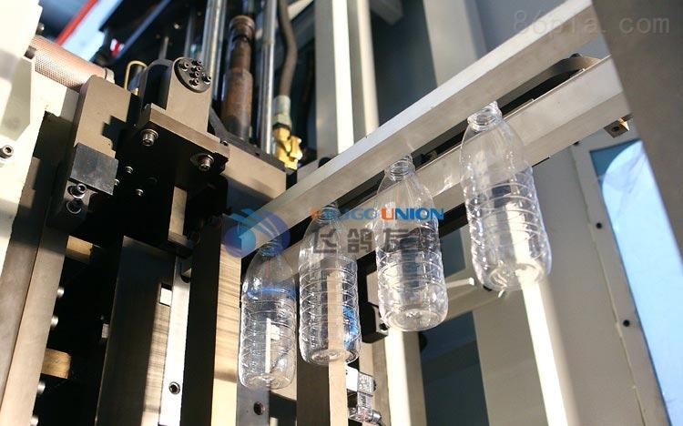 矿泉水全自动吹瓶机
