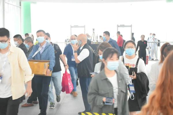 2021第15屆中國(重慶)橡塑工業展覽會盛大開幕,知名展商云集,專業觀眾齊聚!