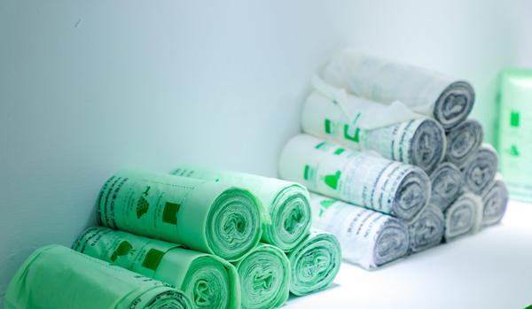 2025年單一材料塑料包裝薄膜市場可能達到709億美元