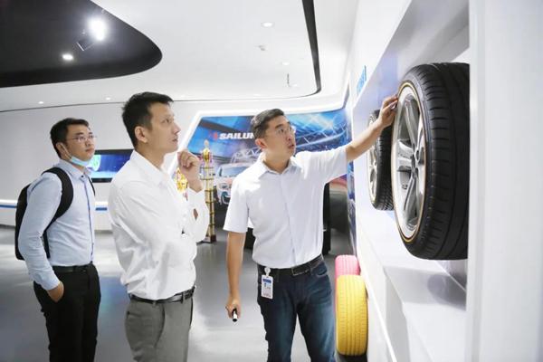 深圳市南山區投資促進中心副主任許愿一行到訪賽輪集團